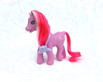 My Little Pony G2 Moon Shadow Magic Motion Ponies With Necklace Accessory