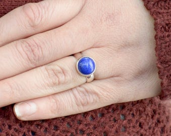 Simple Circle Lapis Lazuli Ring // Lapis Lazuli Jewelry // Sterling Silver // Village Silversmith
