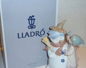 """Lladro """"Talk To Me"""" Figurine with Original Box HARD TO FIND"""