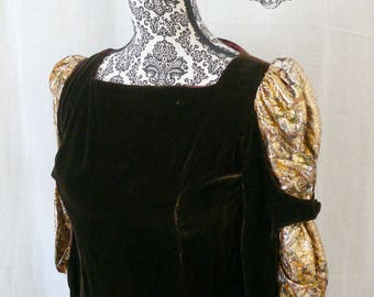 Young Edwardian Apreja Brown Velvet Medieval Style Tunic - 70s Vintage - Size S