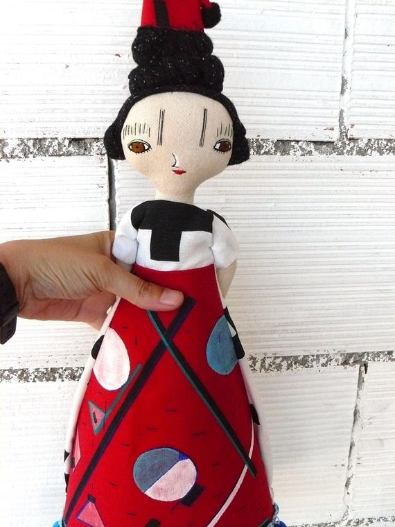 VANGUARDIA series. Doll number 2. Art doll in cotton and linen. Fabric hair. 47 cm.
