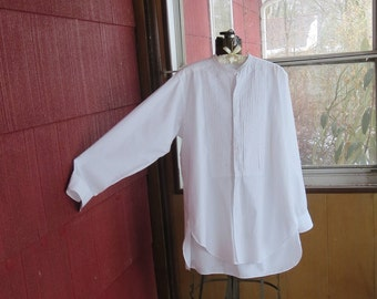 "Vintage 1920s 1930s white cotton tuxedo dress shirt detachable collar Hallmark 50"" chest pleated front M.O.P. buttons (102017)"