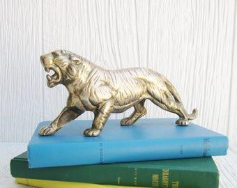 Vintage Brass Figurine, Brass Tiger Figurine, Brass Animals Decor, Paperweight, Boho Rustic Decor, Zoo Animals