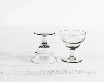 Antique Champagne Glasses Coupes Set of 2 French Champagne Glass Vintage Coupe Etch Glass Champagnes Glasses Art Deco Etched Glassware Coupe
