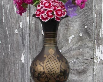 Vintage Brass Vase, Black Enamel Etched Brass Vase Made in India, Enameled Brass, Brass Flower Vase, Brass Home Decor