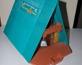 Vintage Fisher Price Little People Play Family A Frame House Cabin 990 1974