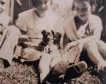Adorable Kids with Tiny Puppy 1940s Vintage Vernacular B&W Found Photo