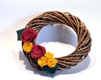 Christmas Wreath / Wicker / Handmade Christmas decorations / Red and gold Christmas / Felt flower wreath /small Xmas wreath / Door wreath