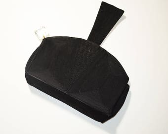 Vintage 1940s Black Corde Rounded Evening Cocktail Purse With Lucite Zipper Pull