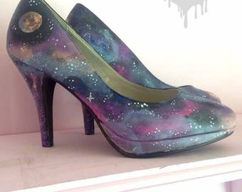 Galactic! Hand painted galaxy heels with nebula, constellation & planet detailing, be out of this world with these stunning night sky shoes!
