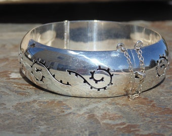 Mexican Sterling Silver Hinged Shadowbox Domed Wide Bangle - 40 Grams