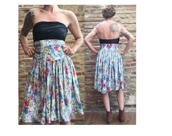 1980s Floral 50s style high waist SKIRT //