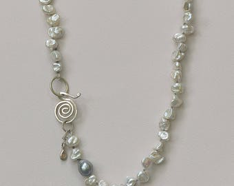 Keishi Petal Pearl Necklace