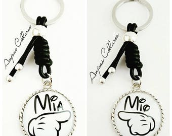 Pack keychains in Love