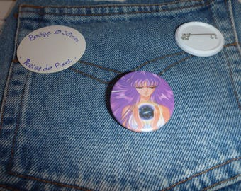 Pin badge, show your inner goddess out with Athena.