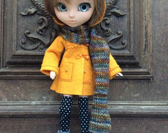Felt dufflecoat with hood «pumpkin», for Pullip dolls