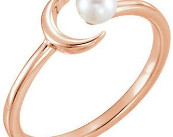 Trendy Dainty 14K Rose Gold 4 MM White Cultured Freshwater Pearl and Crescent Moon Ring