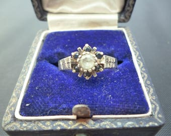 A pretty vintage gold over silver ring - CZ and blue sapphire - 925 - sterling silver - Star detail - UK P - US 7.75