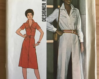 Simplicity 7837 -1970s Designer Fashion Jumpsuit or A-Line Dress with Notched Collar and Flap Pockets - Size 14 Bust 36