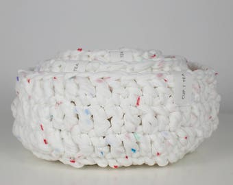 Multipurpose Crochet Basket . White with Spots | Multipurpose Basket | Bowl | Yarn Basket | Crochet Bowl | Basket | Recycled | Storage