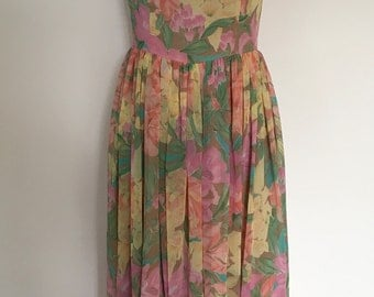 A Beautiful Vintage 1980s 'MONSOON' Summer Day/Evening Floral Dress