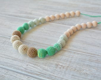 Crochet nursing necklace - Baby-friendly teething necklace for breastfeeding & babywearing moms