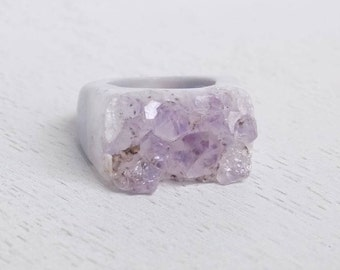 Boho Ring, Raw Amethyst Ring, Light Purple Druzy Ring, Crystal Ring, Size 7.75, Large Gemstone Ring, Solid Band Ring, Statement Ring, G3-21