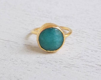 Dyed Jade Ring, Turquoise Ring, Teal Gemstone Ring, Crystal Ring, Small Stone Ring, Statement Ring, Minimalist Ring, Gift For Her, D3-53