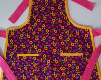 Girls Apron with Pockets Girls Flowered Apron Birthday Gift Spring
