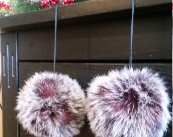 pompom, faux fur pompom, faux fur, accessorie, crochet accessorie, knit accessorie, fuzzy pompom, pom pom, gray and burgandy, pom, fur pom