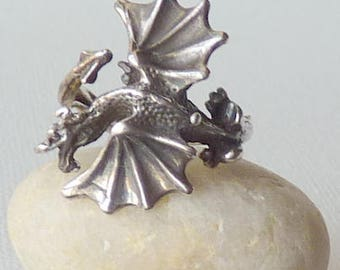 Sterling Silver Dragon Ring, Vintage Winged Dragon Ring, Gothic Jewelry , Sterling Silver Ring, Goth Ring Mystical Ring, Fantasy Jewelry 925