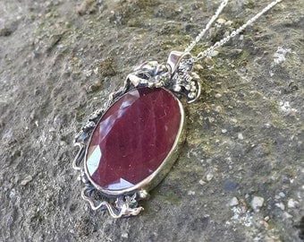 Natural Ruby pendant - Natural Ruby Sterling Silver - Natural Ruby Pendant - Natural Ruby Jewelry - Natural Ruby Necklace