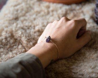 Rainbow Aura Jewelry, Boho Bracelet, Rainbow Aura Crystal, Titanium Quartz Aura, Purple Bracelet, Gemstone Bracelet, Meditation Stones,