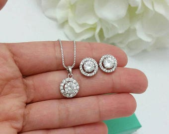Bridesmaid Jewelry Set, Round Halo Clear CZ Crystal Stud Earrings Necklace Wedding Set Bridal Party Jewelry Bridesmaid accessory In Gift Box