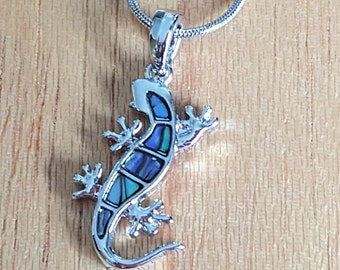 Abalone Gecko Necklace, Gecko Pendant, Lizard Necklace, Animal Necklace, Reptile Necklace, Gecko Gift , Gecko Jewelry, Lizard Jewelry,