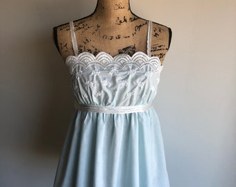 Vintage 1960s Camisole - Tank Top