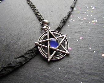 Pentacle Necklace with a Mood Stone, Colour Changing Jewelry, Pentacle Necklace, Mood Jewelry, Witch Jewelry, Pagan Jewellery, Wicca Jewelry