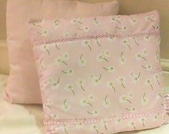Daisy Print Cushion *CLEARANCE*