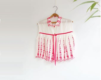 60s Babydoll Blouse Boho Crop Top Embroidered Top Vintage Tent Top 60s Smock Top Red White Blouse White Crop Top one  size