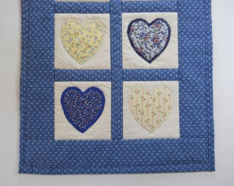 Small Heart Quilt / Tabletop Quilt / Doll Quilt / Mini Quilt / Country Quilt