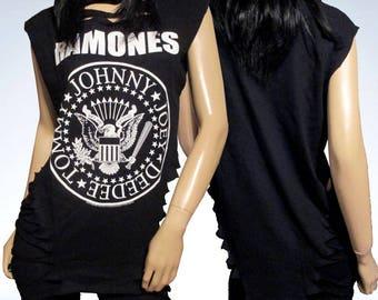 Ramones / Slashed / Cut / Shredded / Weaved / Band T Shirt / Size Medium