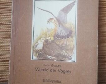 Book world of Birds