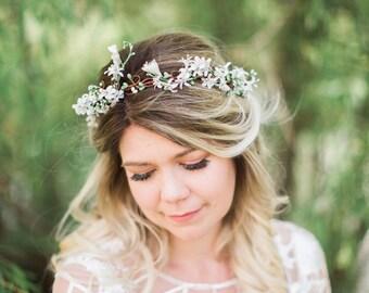 white flower crown, honeysuckle crown, bridal crown, white flower headpiece, floral crown white, bridal headpiece, white floral crown