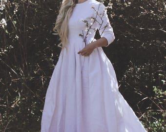 Beautiful vintage damask wedding dress, white, long, three sleeves quarts, ornate fabric, zipper down back flare, retro