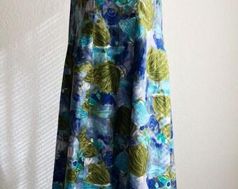 Vintage 1960s Kiyomi of Hawaii Hawaiian Muumuu Long Maxi Dress Waterfall Train Flower Size Small