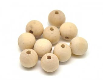 25 wooden beads 16mm round natural