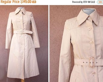 Summer Sale RARE! 1970's Diolen Claudine Long Beige rose Trench Coat - Size S