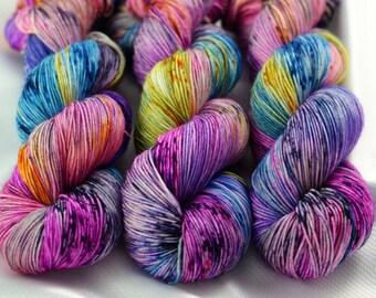 Speckled Sock Yarn, Speckled Wool Yarn, SW Merino Nylon, SW Merino Sock, Speckled Merino Yarn, Indie Dyed Yarn, Pet Octopus Colorway