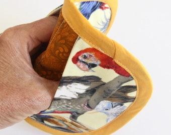Australian Parrots Mini Pot Holder - Birds Mini Oven Mitt - Handmade heatproof mitt - Small oven gloves - Microwave mitts - Pot grip.