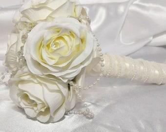 Ivory silk bouquet